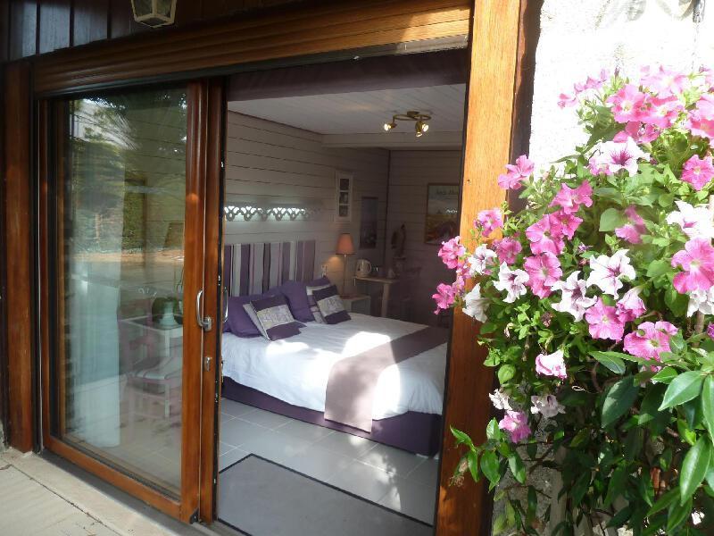 5 chambres d 39 hotes de charme au mont saint michel jardin fleuri - Chambre d hote mont aigoual ...